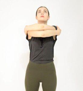 Обними плечи вдох с головой (2)сайт